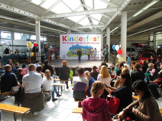 motor company mcf kinderfest in berlin marzahn. Black Bedroom Furniture Sets. Home Design Ideas